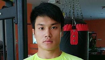 我是木威学子,是一名专业的健身教练